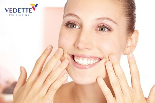 cách Massage căng da mặt