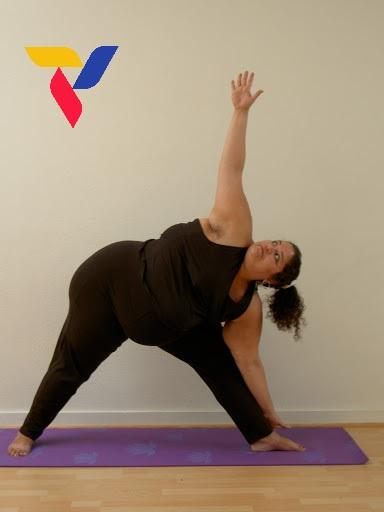 yoga giảm mo toan than
