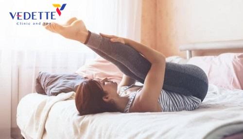 giảm mỡ bắp chân trên giường