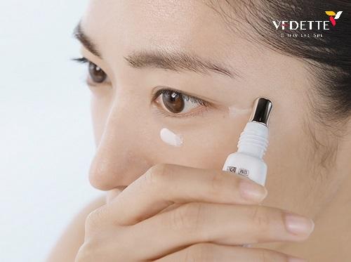 bí quyết trẻ hóa da mắt hiệu quả